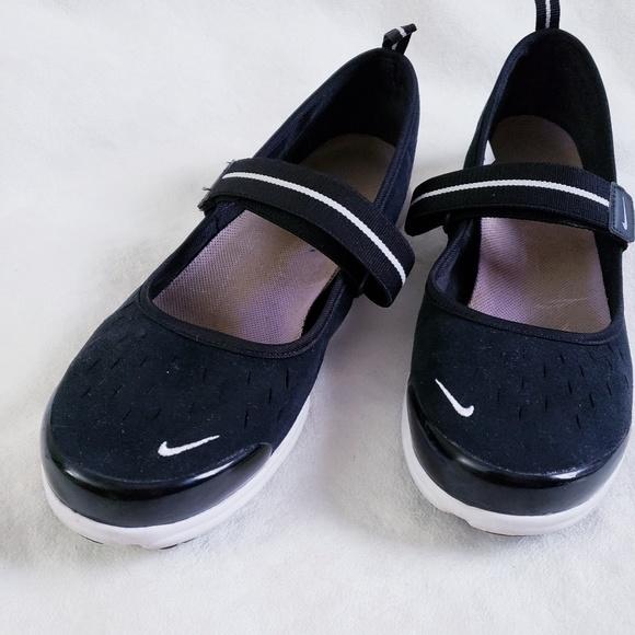 best website 8f704 b8ab9 Nike Free Mary Jane shoes, Nike summer shoes 9.5. M 5caf4387aa7ed38e8e2af259